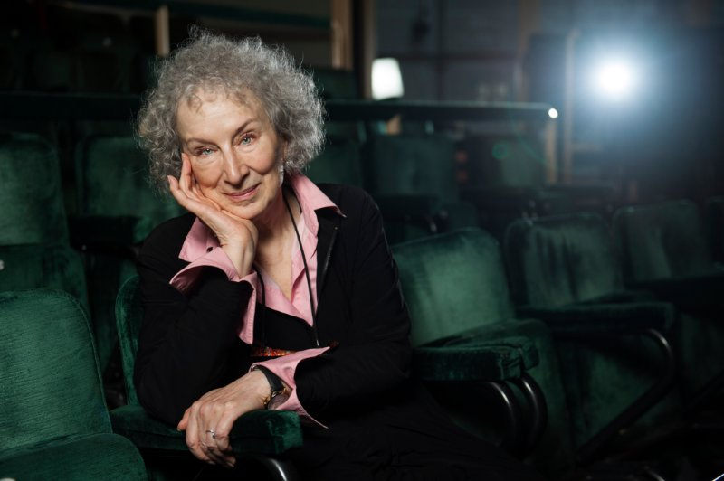 an analysis of journey to the interior by margaret atwood Journey to the interior essaystext 4 'journey to the interior' by margaret atwood this poem is written in free verse and presents a multi-dimensional exploration of.